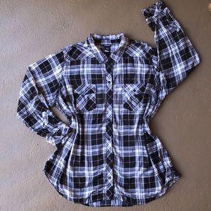 Torrid Black & White Plaid Shirt / Button Down 3x